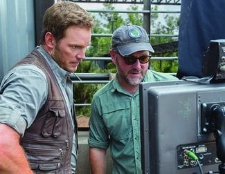 There's only 100 days left until 'Jurassic World: Fallen Kingdom' lands and Chris Pratt is here to remind us