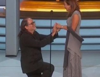 """The Story Behind the Proposal at the Emmys 2018: """"There was no plan B"""""""