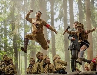 'Jojo Rabbit', Taika Waititi's comedy about Hitler, wins in Toronto and generates Oscar buzz