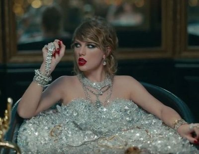 Hollywood supports Taylor Swift against her former label